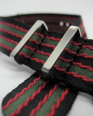 Premium NATO band zwart rood groen
