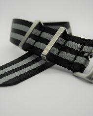 Premium NATO strap grijs zwart (2)